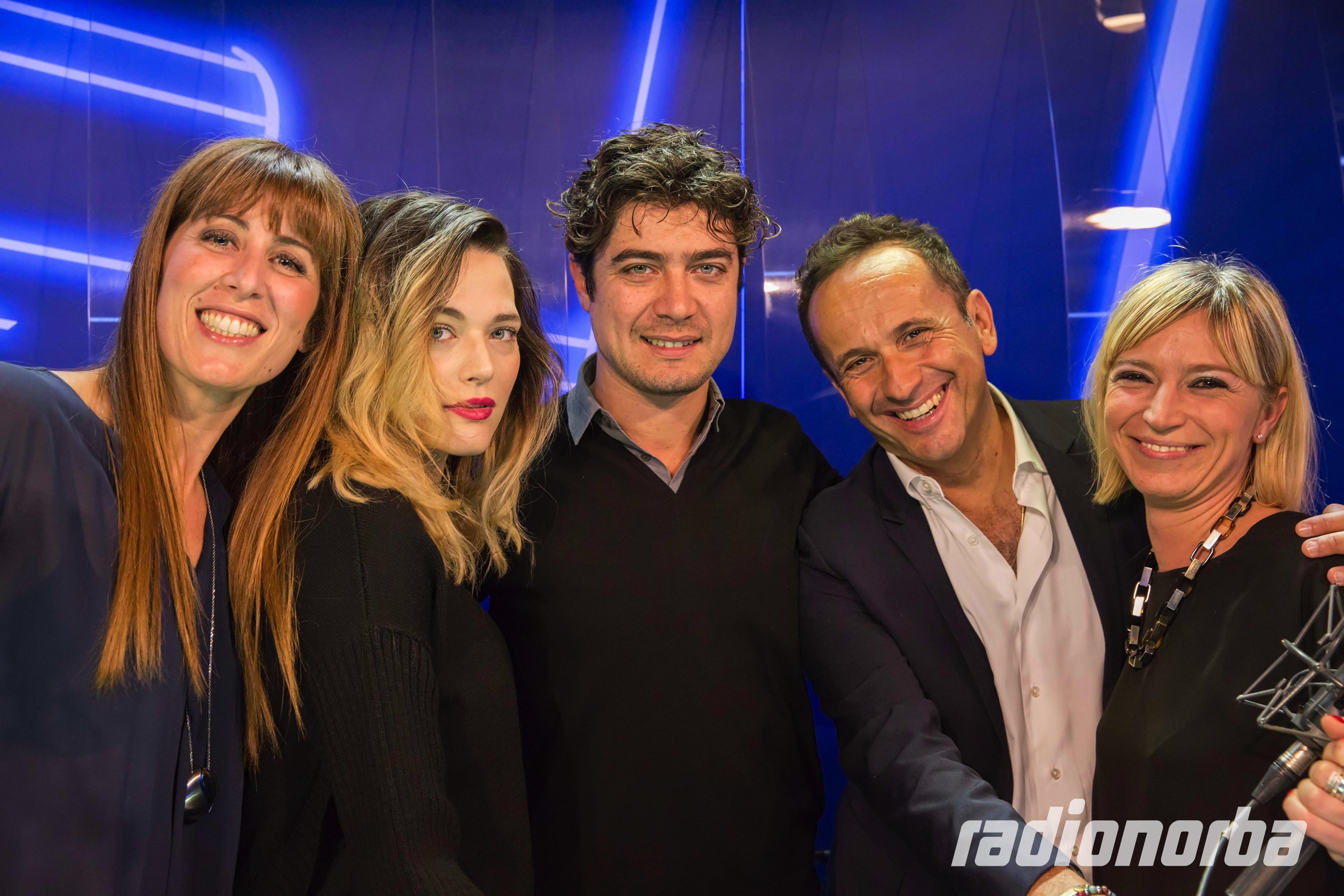Cena Di Natale Film.Cinema La Cena Di Natale Arriva Su Radionorba Radionorba