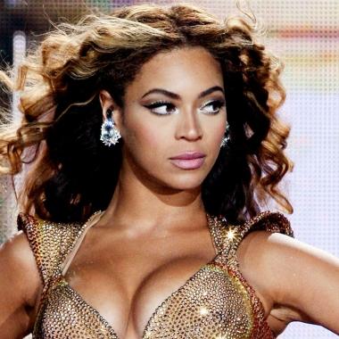 Musica- Beyoncé in dolce e doppia attesa