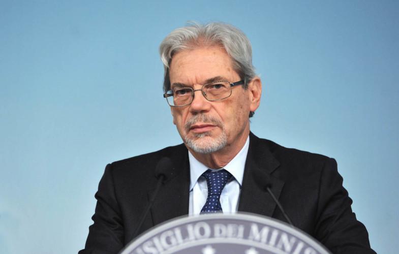 Il Ministro del Mezzogiorno, De Vincenti, a Radionorba: per il Sud agevolazioni per neoassunti