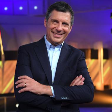 """Spettacolo – Fabrizio Frizzi: """"Grazie a tutti per la forza che mi date"""""""