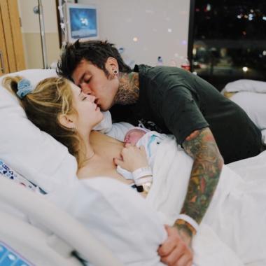 Fedez e Chiara Ferragni sono genitori: è nato Leone