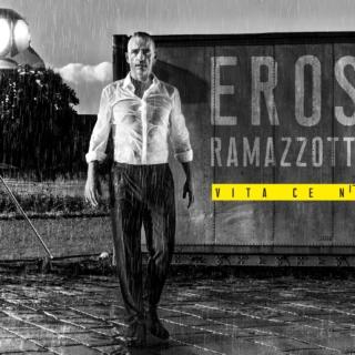 Musica - Eros duetta con Luis Fonsi