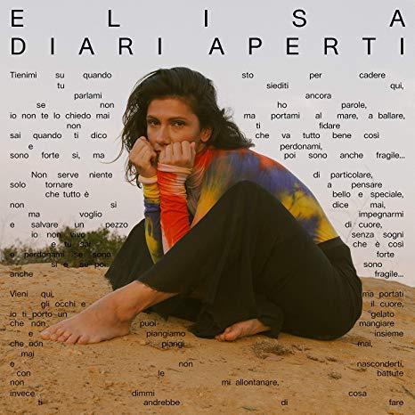 """ELISA – DIARI APERTI """"DIARI APERTI"""" È IL SECONDO ALBUM DI ELISA INTERAMENTE IN LINGUA ITALIANA, DOPO """"L'ANIMA VOLA"""" PUBBLICATO NEL 2013. IL DISCO È STATO ANTICIPATO DAI SINGOLI """"QUELLI CHE RESTANO"""", DUETTO CON FRANCESCO DE GREGORI E """"SE PIOVESSE IL TUO NOME"""" E CONTIENE 11 TRACCE NELLE QUALI L'ARTISTA SI METTE A NUDO E PARLA DI DEBOLEZZE E AMORE."""