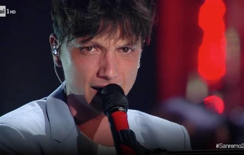 #Sanremo2019 –  Ultimo, primo nel televoto penalizzato dalle giurie di qualità