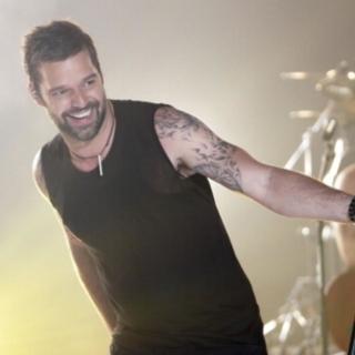 Musica - Amici: Maria chiama Ricky Martin