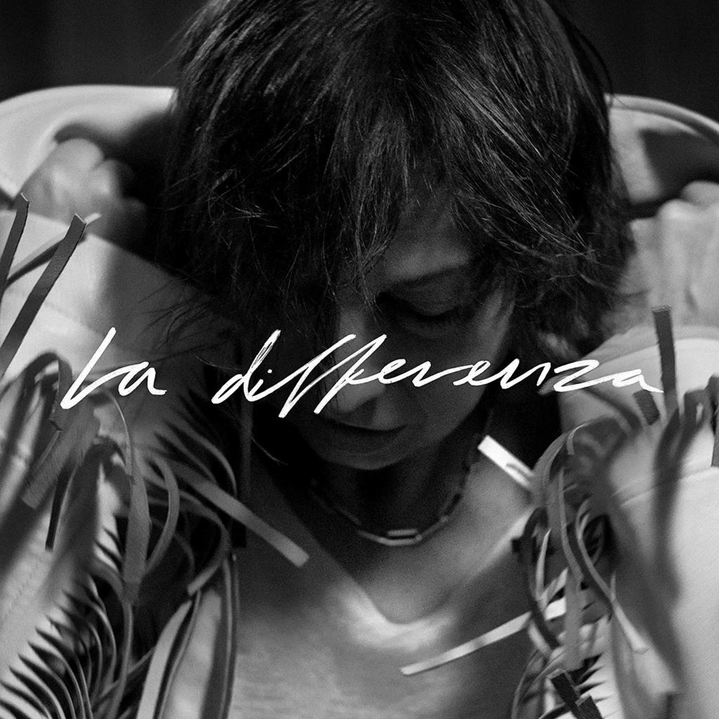 """GIANNA NANNINI – LA DIFFERENZA IL NUOVO ALBUM DI CANZONI INEDITE ARRIVA A 2 ANNI DA """"AMORE GIGANTE"""" E DOPO LA VITTORIA DELLA ROCKER ITALIANA PER ANTONOMASIA AL PREMIO TENCO 2019. GIANNA NANNINI TORNA SULLA SCENA MUSICALE CON """"LA DIFFERENZA"""", IL NUOVO ALBUM DI INEDITI CON 10 BRANI REGISTRATI IN PRESA DIRETTA A NASHVILLE, A LONDRA, IN UNA CAMERA IN AFFITTO, LONTANA DALLA FIGLIA."""