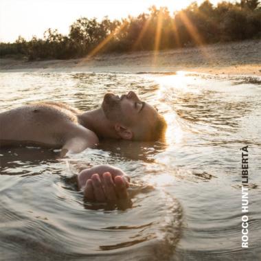 Musica – Rocco Hunt presenta il nuovo singolo