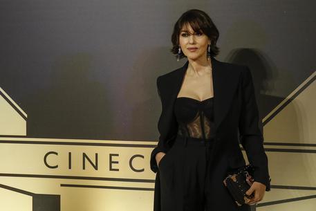 Sanremo - Monica Bellucci rinuncia