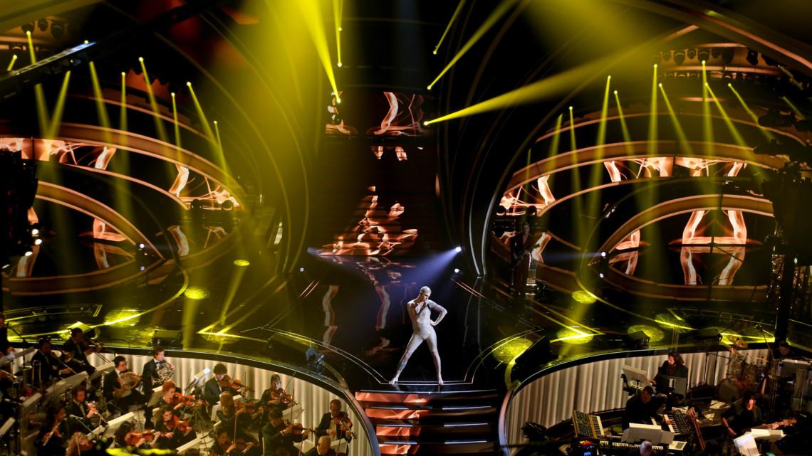Sanremo – Le foto della prima serata