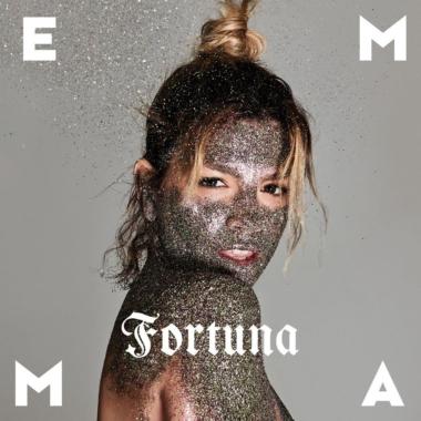 """Musica – Le """"Luci blu"""" di Emma"""