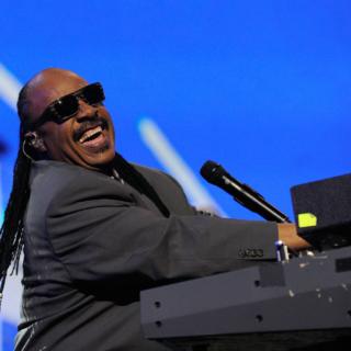 Musica - Stevie Wonder compie 70 anni