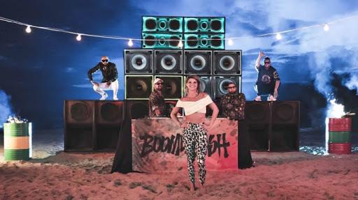 """Musica - """"Karaoke"""", il video da record che omaggia il Salento"""