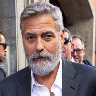 Cinema - George Clooney ricoverato d'urgenza