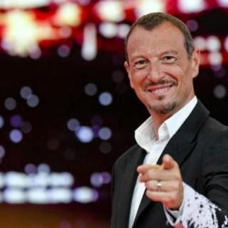 Amadeus condurrà Sanremo 2022