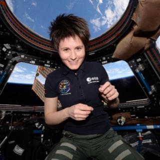 Spazio - L'agenzia Spaziale Europea cerca astronauti per andare su Marte