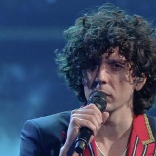 Sanremo 2021 - Ermal Meta  vince nella serata cover