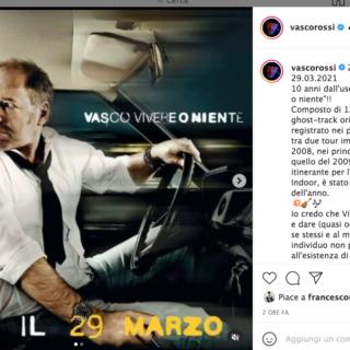 """Musica - Vasco Rossi festeggia i 10 anni da """"Vivere o niente"""""""