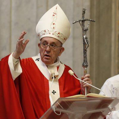 Stretta del Papa contro gli scandali finanziari