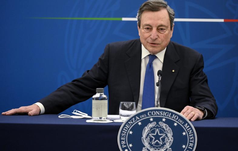 """Covid – Draghi: """"Con che coscienza la gente salta le liste e si fa vaccinare?"""""""