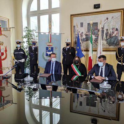 Verso il G20, firmato accordo Bari-Matera