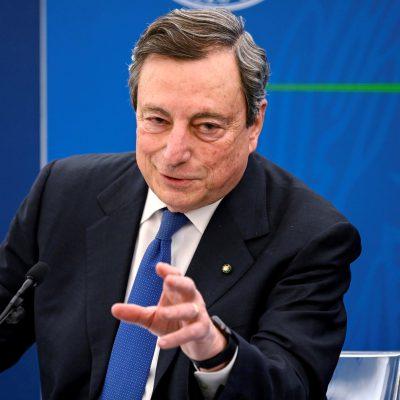 """Decreto 'Sostegni bis', Draghi: """"L'Italia guarda al futuro"""""""