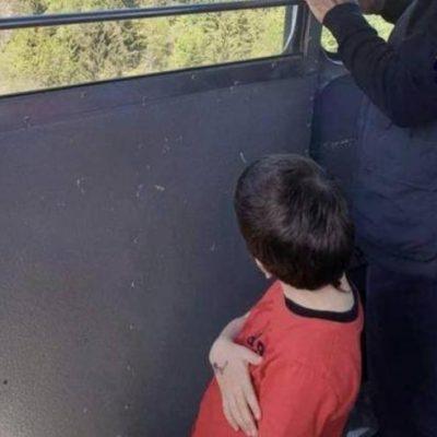 """Tragedia Mottarone, il piccolo Eitan """"rapito"""" e portato in Israele dal nonno, condannato in passato per maltrattamenti in famiglia"""