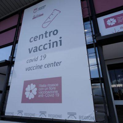 Vaccini, dal 10 giugno prenotazioni libere