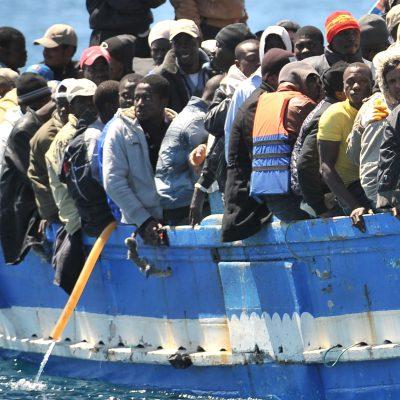 Nuovo sbarco sulle coste di Leuca, otto i migranti soccorsi dalla guardia di finanza