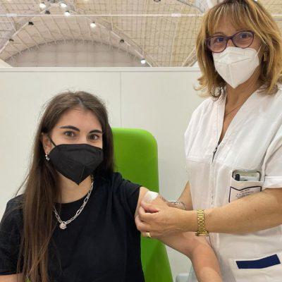 Vaccini, un pugliese su due ha ricevuto almeno una dose