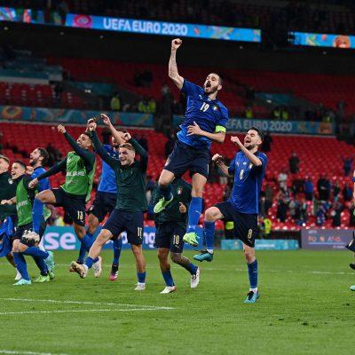 Italia-Austria 2-1, che sofferenza: poi Chiesa e Pessina ai supplementari ci regalano i quarti di finale
