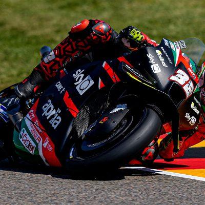 MotoGP, in Germania Zarco in pole, Aprilia in prima fila dopo 21 anni