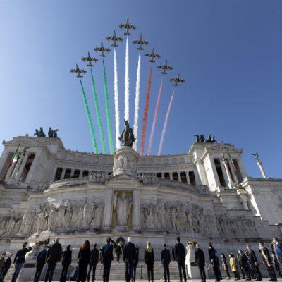 Festa della Repubblica, Mattarella: come nel dopoguerra serve impegno collettivo per il rilancio