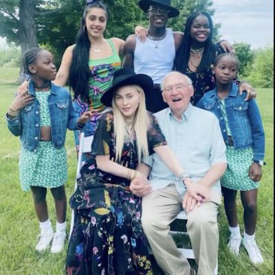 Madonna festeggia in campagna 90 anni del suo papà di origine abruzzese