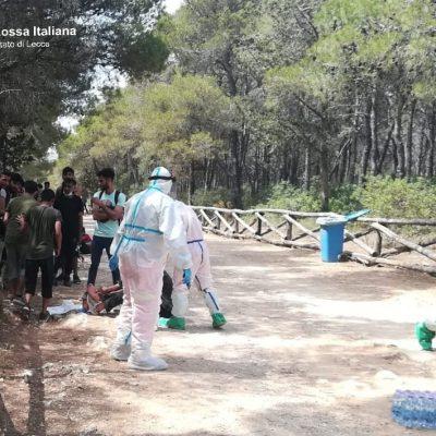 Sbarco di 83 migranti sulle coste del Salento, avvistati da un bagnante