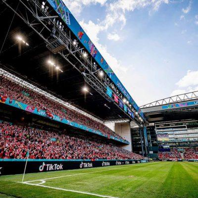 Danimarca, allerta tra i tifosi a causa della variante Delta