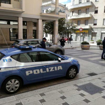 Abusi sui minori, arrestato un ragazzo di 16 anni a Brindisi