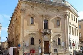 Lecce, computer del Comune in tilt per il caldo