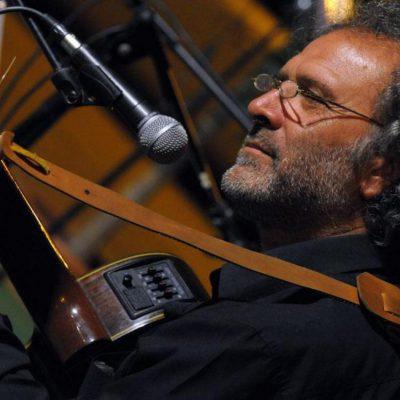 """Si è spento il genio della pizzica. Daniele Durante, direttore artistico della fondazione """"La notte della Taranta"""" è morto a 66 anni"""