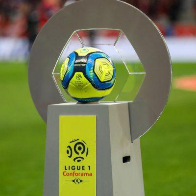 Francia, la Ligue 1 passa da 20 a 18 squadre