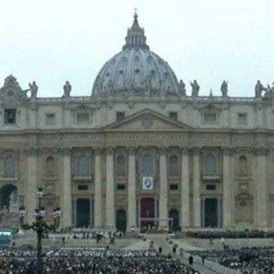 """Il Vaticano contro la legge Zan che contrasta l'omofobia: """"Quella legge viola la libertà di pensiero dei cattolici"""""""