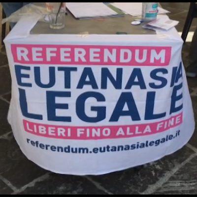 Eutanasia legale, firma per il referendum