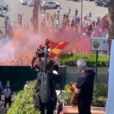 Mourinho a Roma, l'accoglienza è da brividi