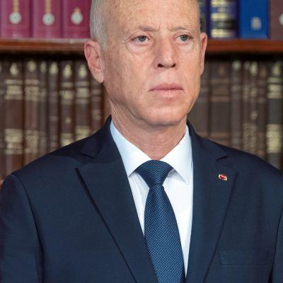 Tunisia: caos e proteste per covid. Il presidente Saied sospende parlamento e licenzia il premier