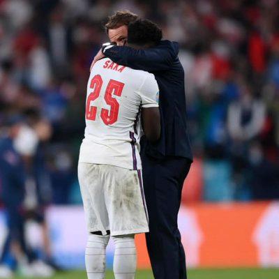 Insulti razzisti ai giocatori inglesi, annunciate dure punizioni per i responsabili