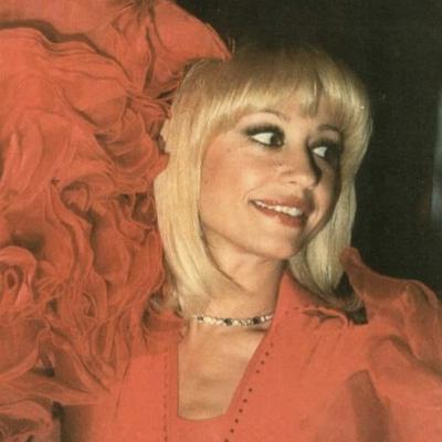 Raffaella Carrà: il musical che la racconta sarà in tutto il mondo