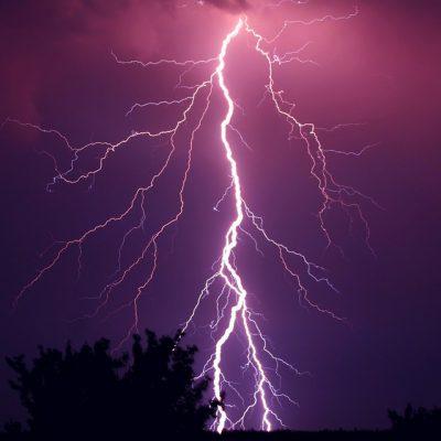 Pioggia e temporali in Puglia: sul Gargano e nel Barese allagati box e strade