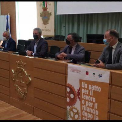 Basilicata, i sindacati presentano un patto per il lavoro e il rilancio della regione
