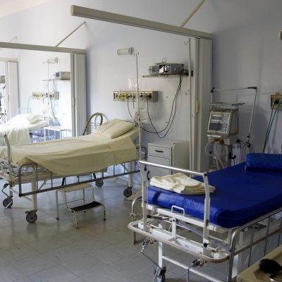 Covid-19, contagi stabili e terapie intensive pugliesi quasi vuote