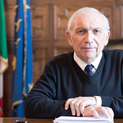 """Scuola, il ministro Bianchi: """"Partenza con tutti i docenti, le Regioni non potranno imporre la Dad, test salivari per tutti """""""