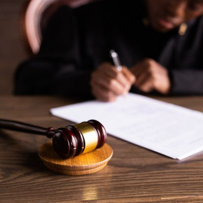 Corte Usa annulla condanna a Bill Cosby per violenza sessuale